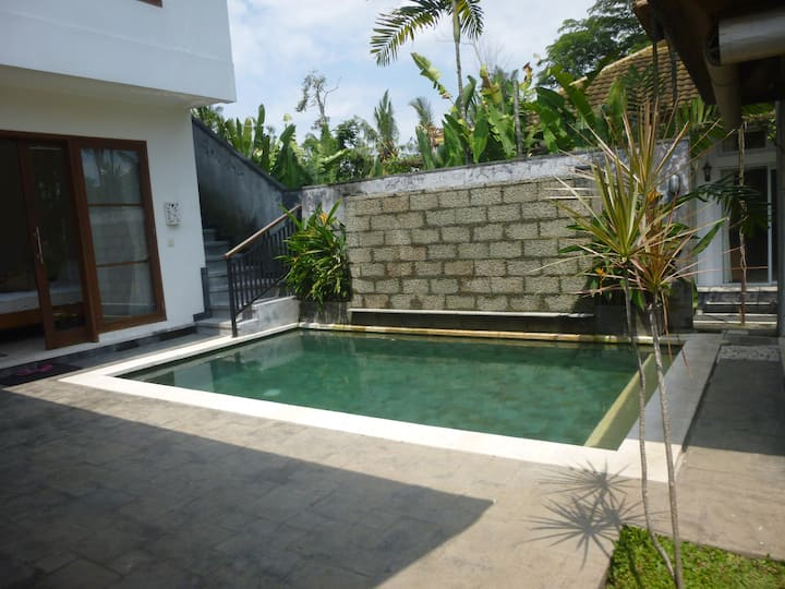 RENT VILLA WITH PRIVATE POOL