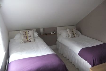 Marina Gardens Bed & Breakfast - Littlehampton