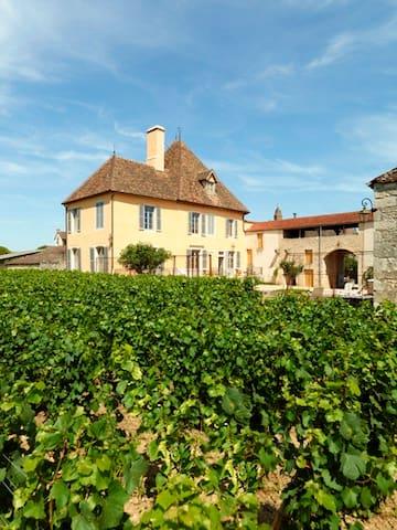 Le Vieux Chateau - Puligny-Montrachet - Casa