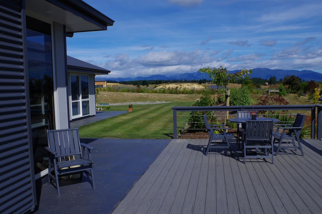 Relaxing deck to enjoy a glass of wine.