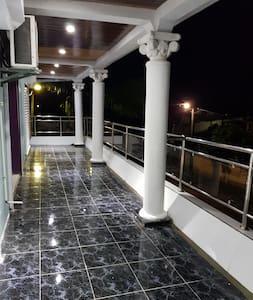Appartement dans une villa à Tamatave