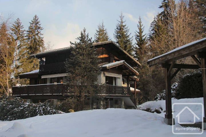 Les Carroz Chalet (Near Flaine) - Great Location! - Arâches-la-Frasse - Haus