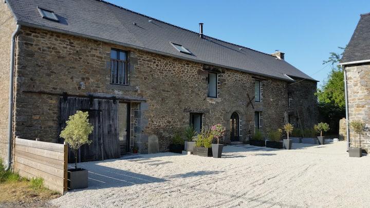 Maison caractère proche Saint-Malo -6 pers-Piscine