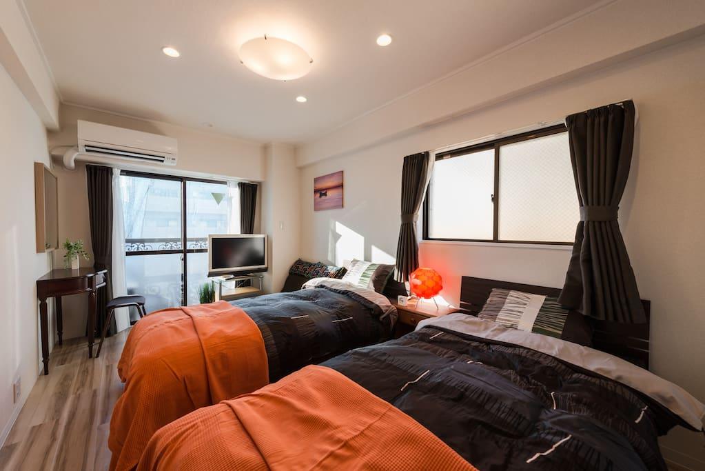 Comfortable room. 舒适的床