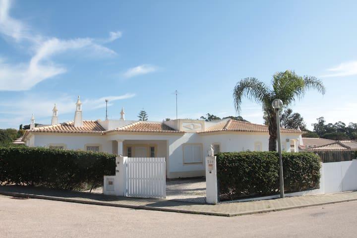 Casa Na Quinta da Balaia - Albufeira - Dom