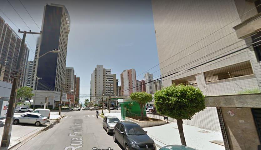 Aconchegante Apartamento a 300 metros da Beira Mar