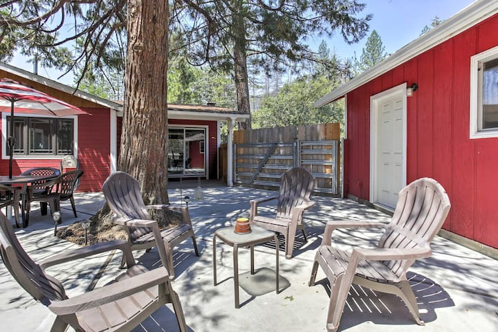 NEW! 3BR Wishon House Near Bass Lake w/ Deck!