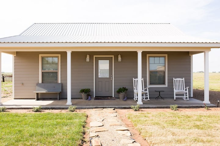 Prairie Blossom Guesthouse near Palo Duro Canyon