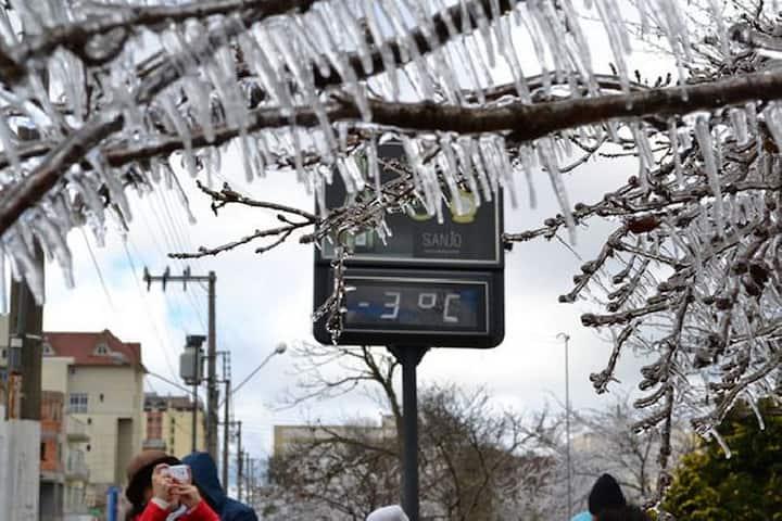 Hospedagem terra da neve - Suíte