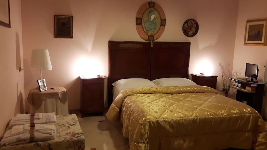 Accogliente villa in campagna. - Tora e Piccilli - Bed & Breakfast