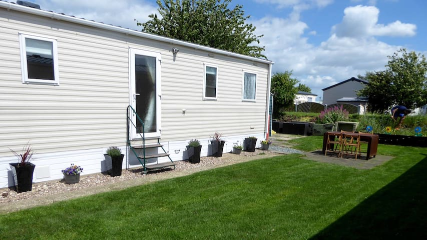Beautiful Caravan at 5* Patrington Haven with spa