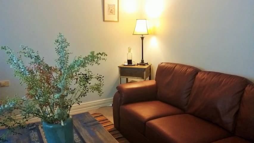 Couples/Corporate downstairs unit B.