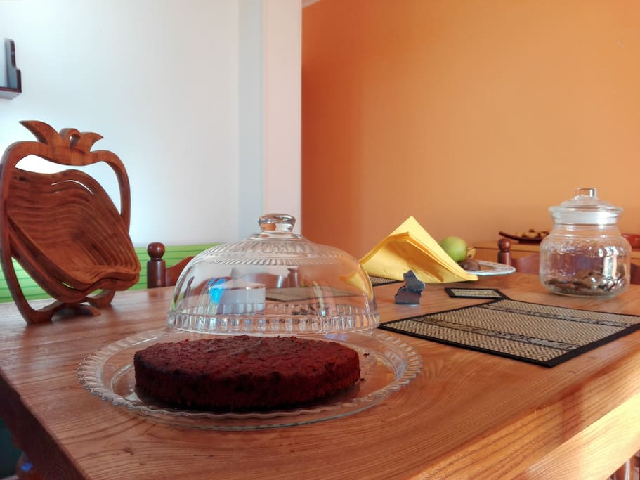 Cucina e torta vegan - Kitchen and vegan cake