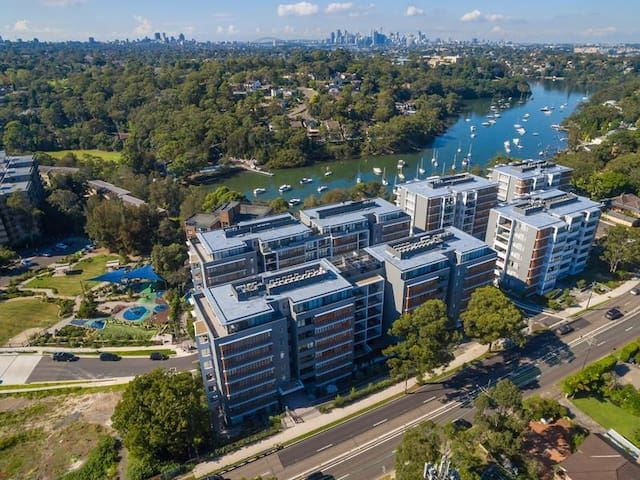 TOP Level Brand-new Spacious Apt @ Lane Cove