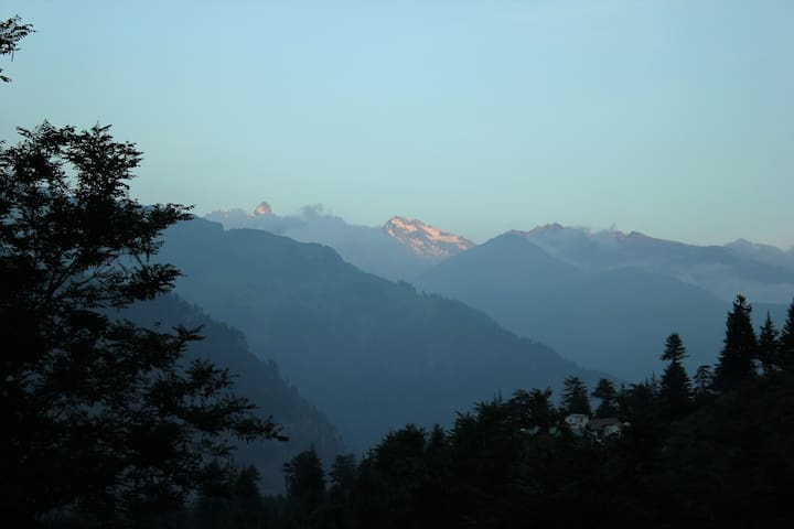 Astral Lodging - Manali - Choza