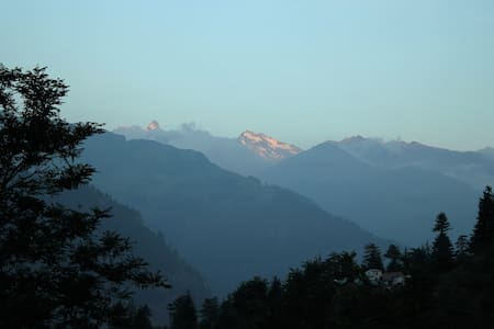 Astral Lodging - Manali