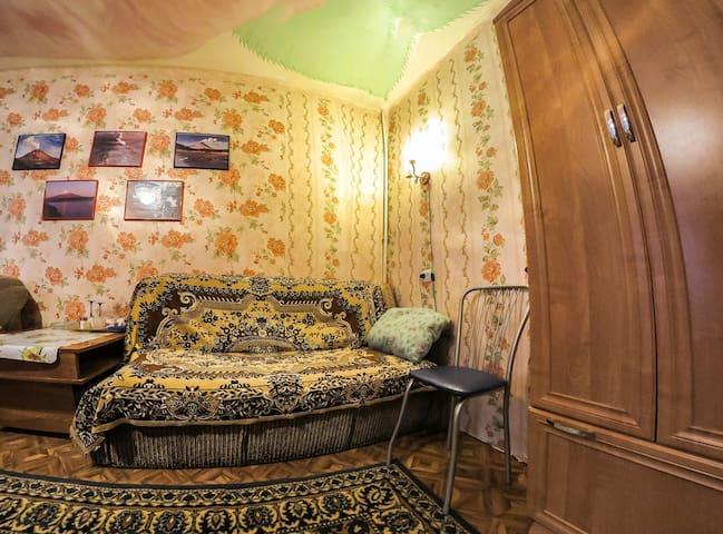 """Мотель """"Партизанская 31 """" - Петропавловск-Камчатский - Dormitório"""