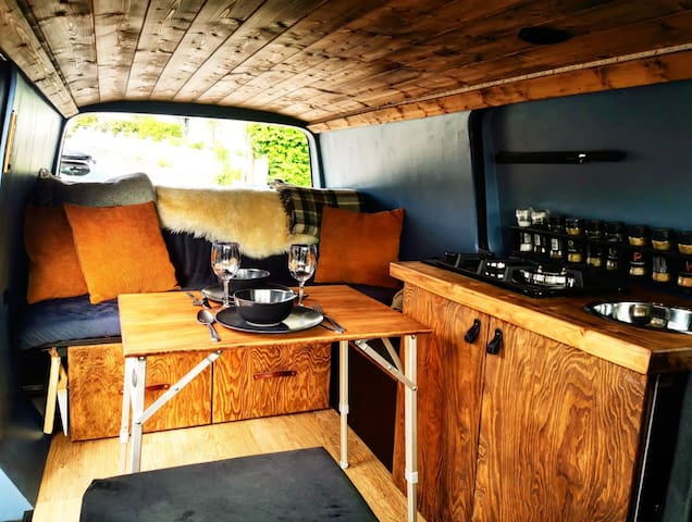Bergen Vanlife - Unique Campervan for rental