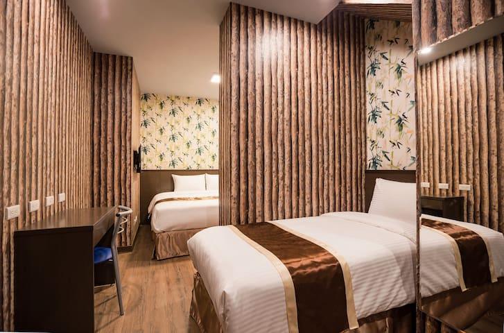 背包套房 Comfort Triple Room