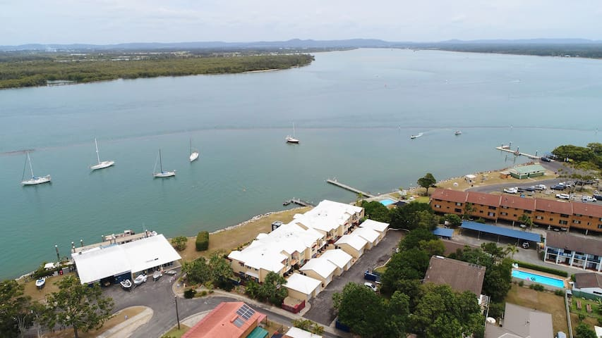 Riverview Apartment 2.6 at Iluka