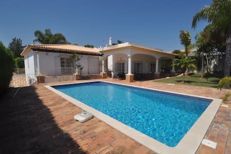 Excellent Villa for Golfers or group. - Albufeira