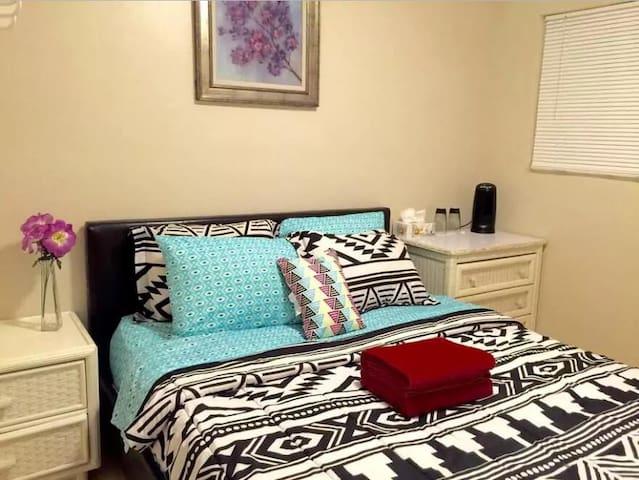 Fantastic new room Near Disney Land - Garden Grove - Maison