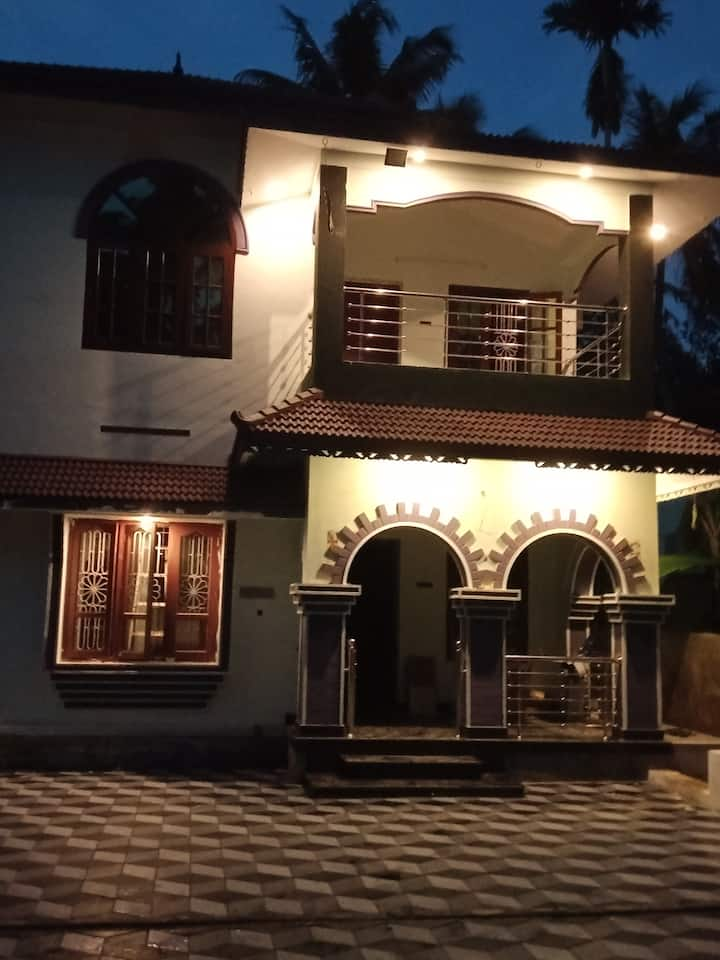 Charuvila Resort       Home as your Home