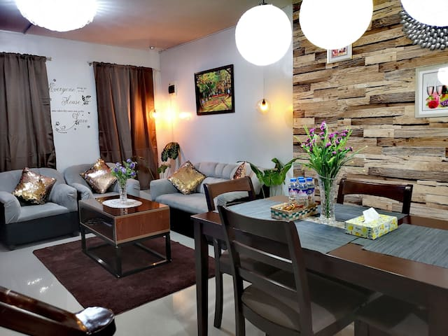 ★2BR2Bath★ Fully Furnished w/ Smart TV&Fast WIFI★