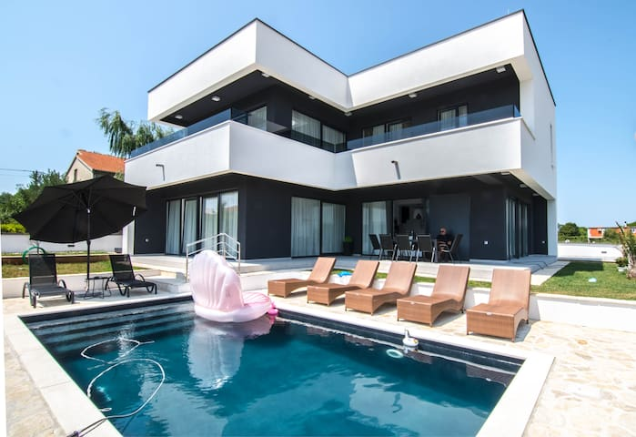 Luxury Villa Evoque - Adriatic Luxury Villas
