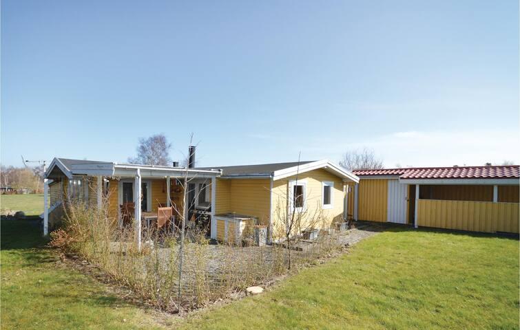 Holiday cottage with 2 bedrooms on 72m² in Karrebæksminde