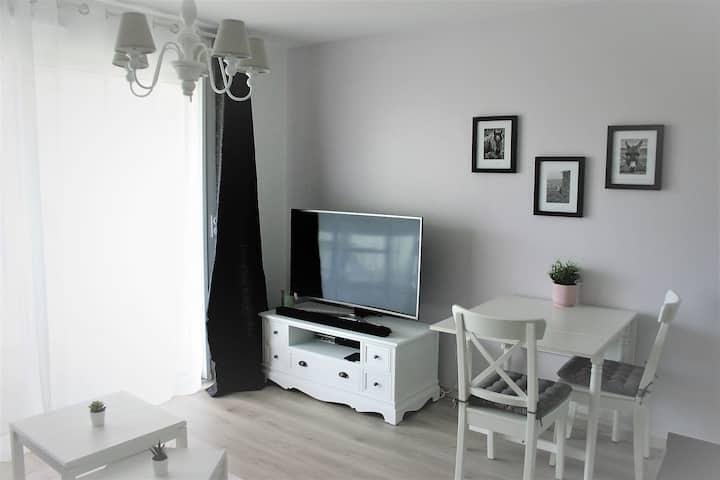 Appartement neuf et cosy à 50 m de la mer