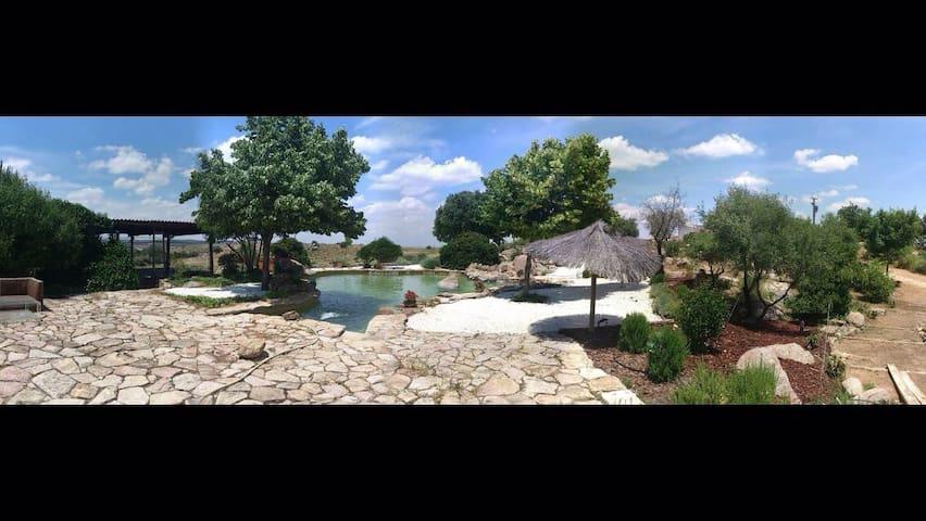 Preciosa finca a 6 km del casco antiguo de Toledo - Argés - Rumah