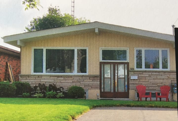 Bright comfortable home perfect for quiet families
