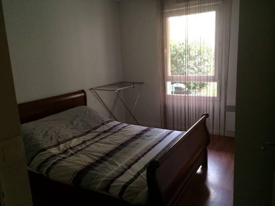 Chambre chez particulier 10 min de rennes guesthouse for Chambre chez particuliers