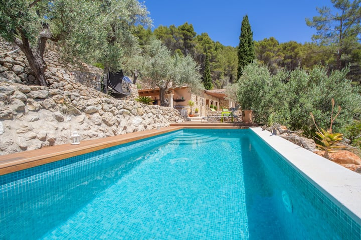 SON 3 - Villa with private pool in Mancor de la Vall. Free WiFi