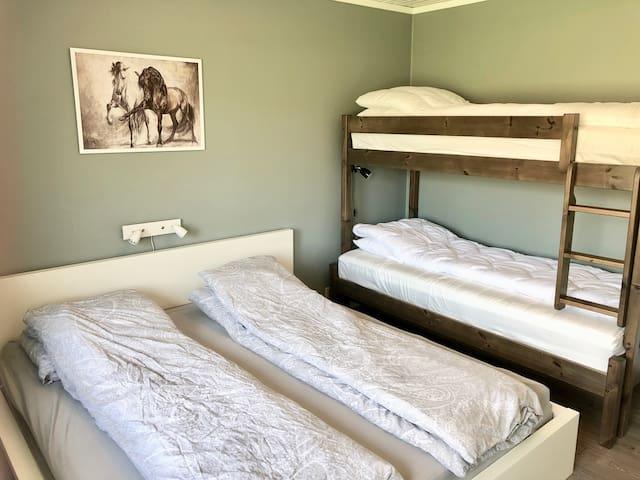 Bedroom 1 - 4 beds