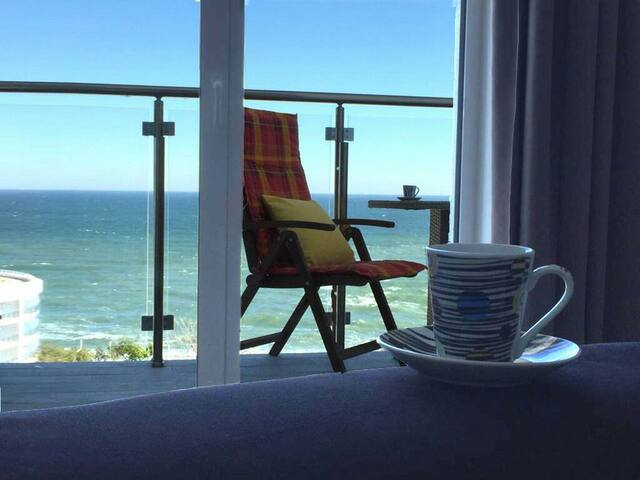 Великолепная новая квартира с балконом на море