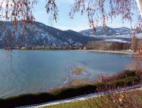 Wapato Point Condo on Lake Chelan/Manson