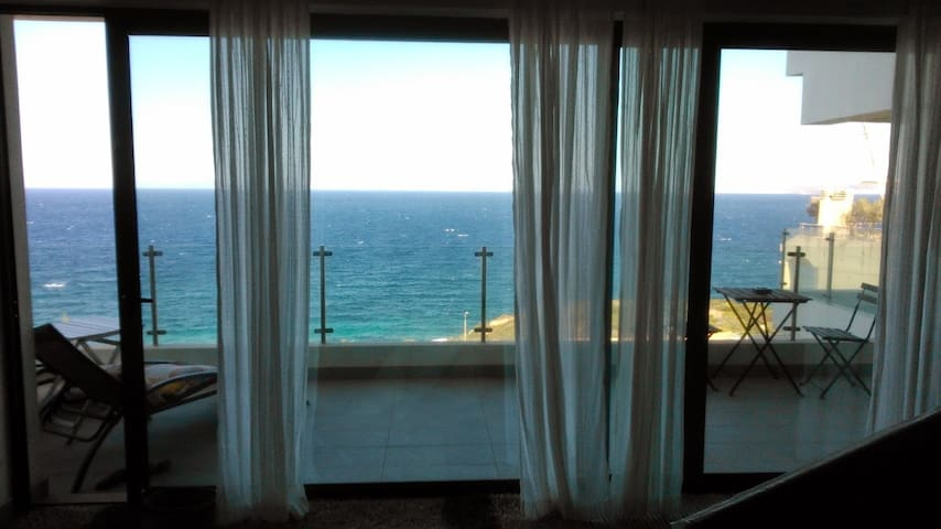 **LUXURIOUS Sea-front Exclusive Riviera apartment - Saronida - Appartement