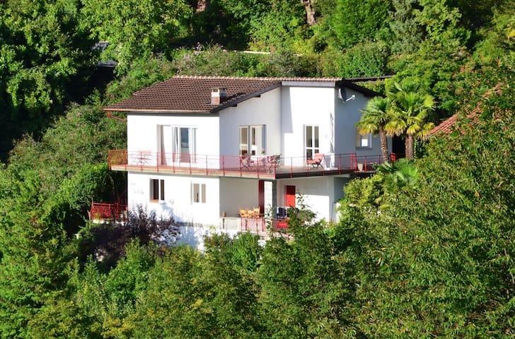 Casa Carlotta - idyllischer Rückzugsort - Caprino - Ev