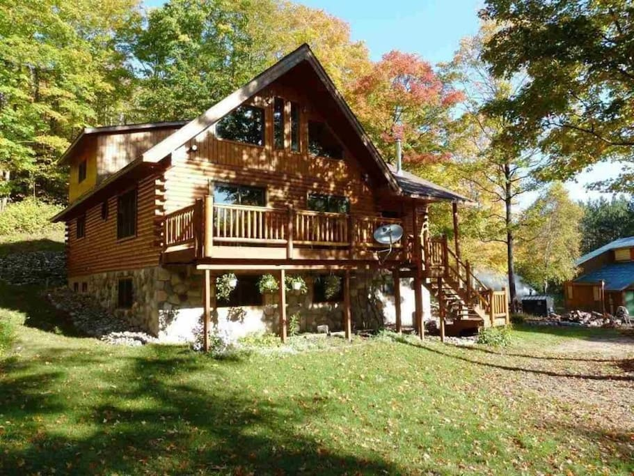 The Bows Lake Cabin Cabins For Rent In Elmira Michigan