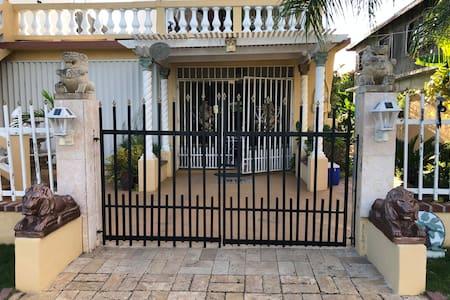Casa De Taso