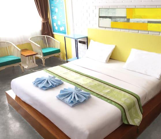 特大床2.3米房间内景