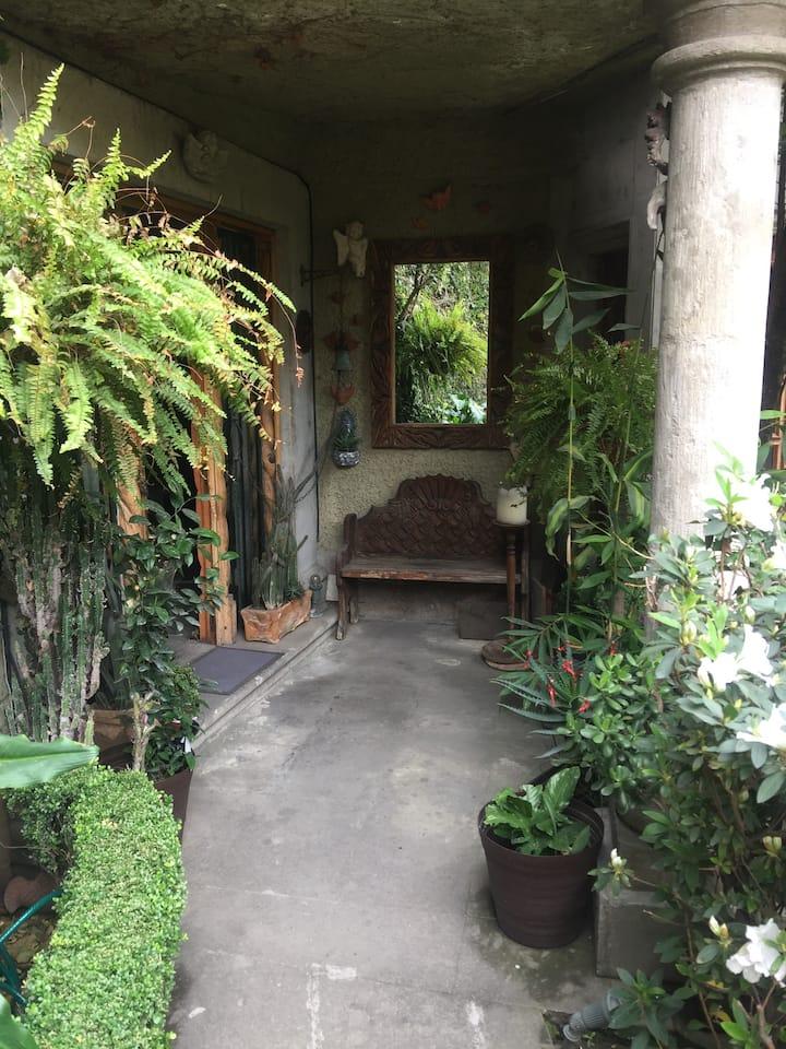 SAN MIGUEL CHAPULTEPEC / PETITE ROOM