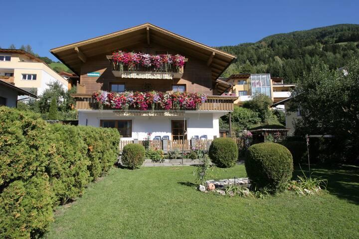 Apartamento moderno en Matrei en Osttirol, cerca de la estación de esquí
