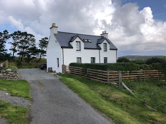 Gealabhat, the cosy Croft house