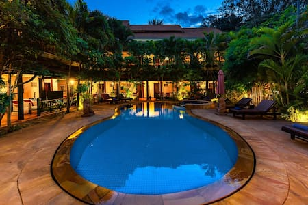 Appealing Double Or Twin Deluxe Pool View At Siem Reap