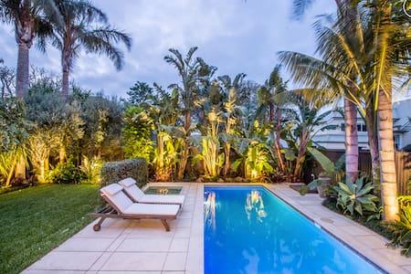Private tropical sanctuary - Auckland - Casa