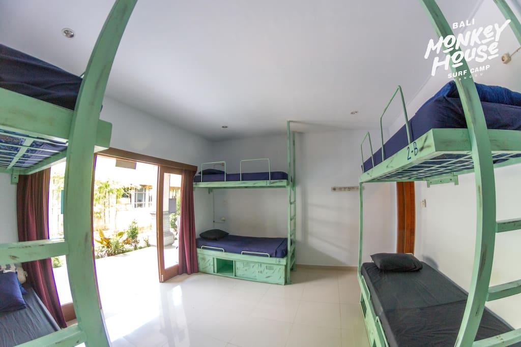 Dorm room - Bali Monkey House