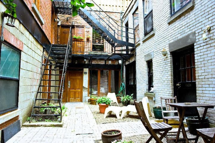 The BEST LOFT in the Old Montreal area - Montréal - Loft-asunto